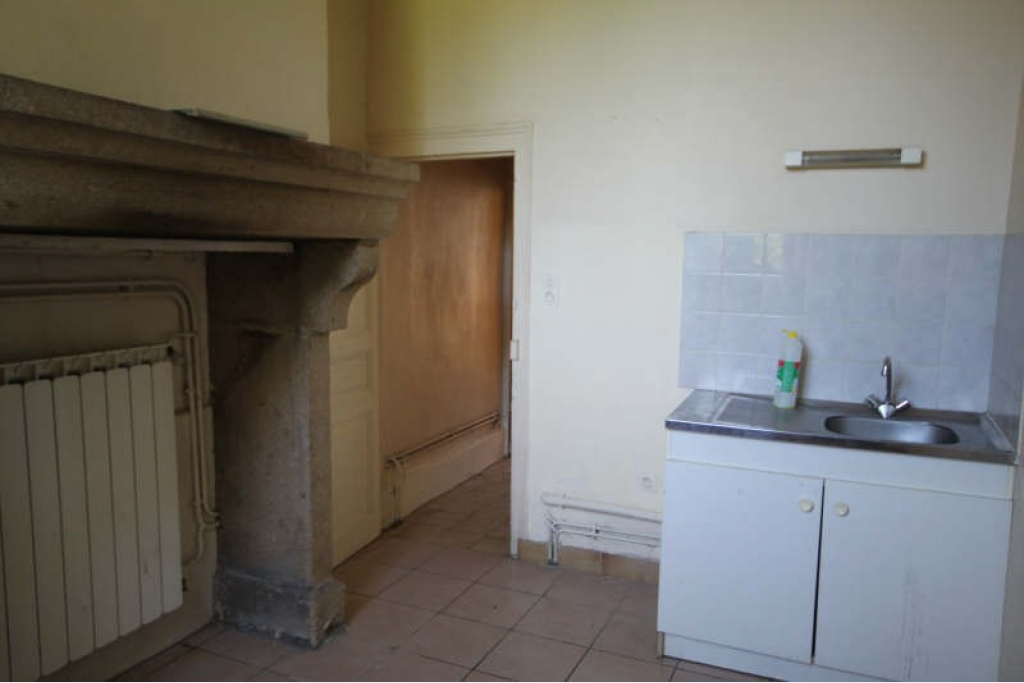 Location appartement 1 pièces 31 m² – BOURGANEUF – 23