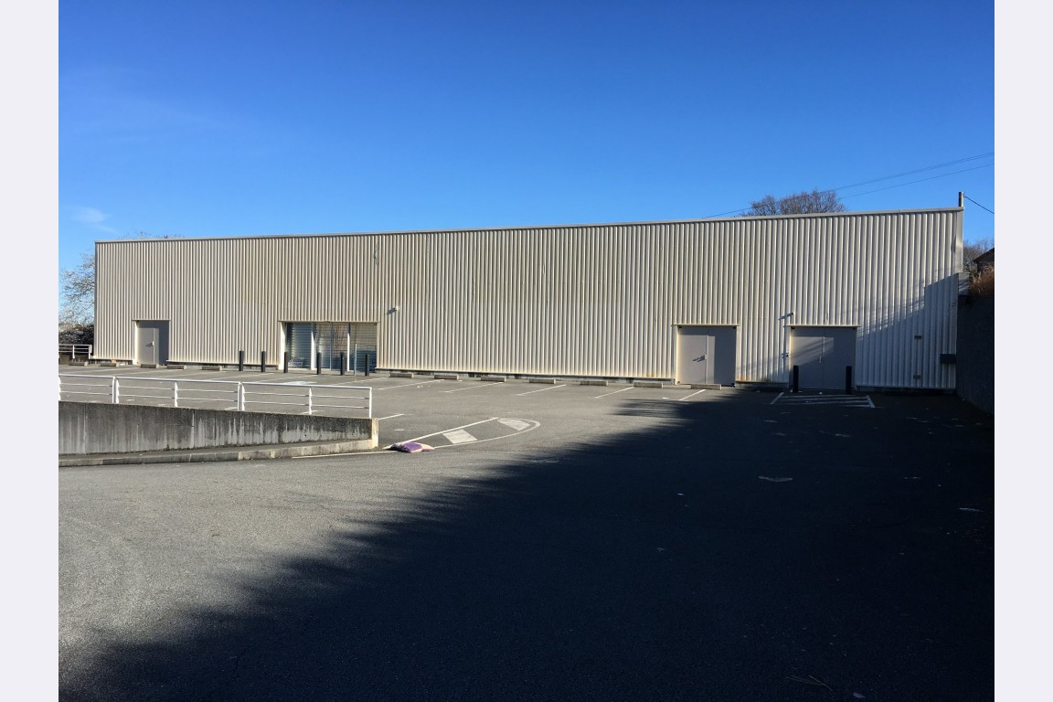 Location local 740 m² – Gueret – 23